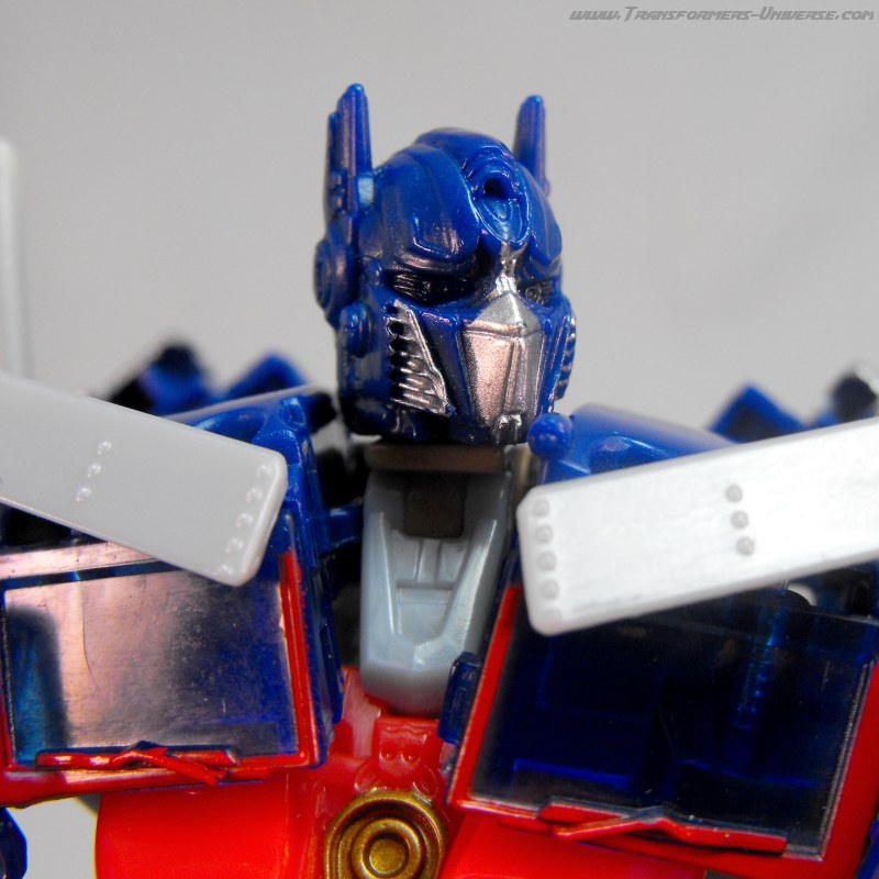 Hunt for the Decepticons Optimus Prime Battle Blades (2010)