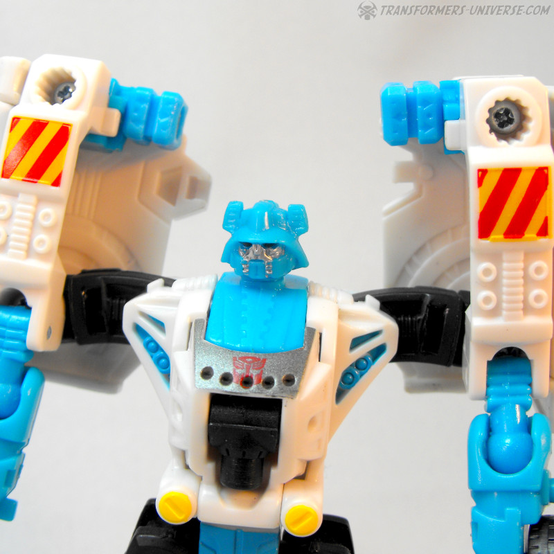Power Core Combiners Stakeout (2010)