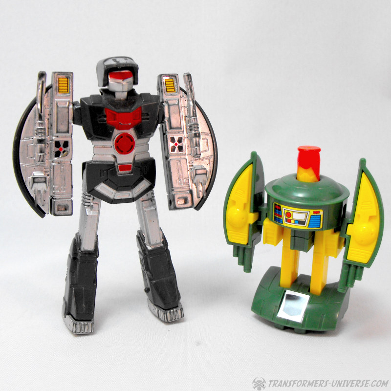 Cosmo Toy Robot New : What s your latest non motu toy item score page