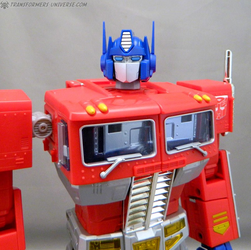 Masterpiece Optimus Prime (2012)