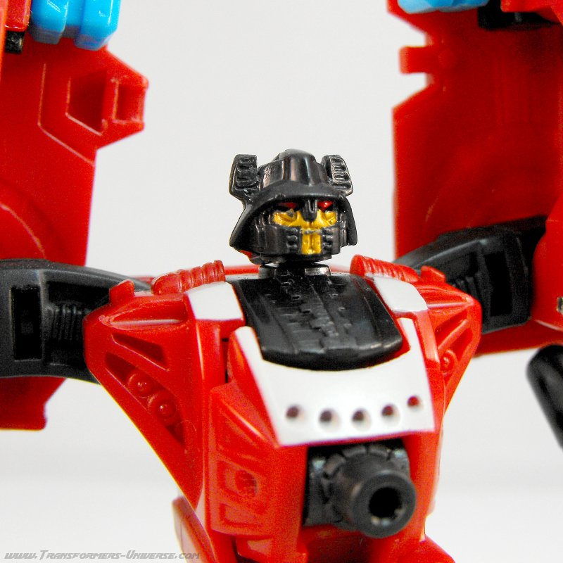 Power Core Combiners Smolder (2010)