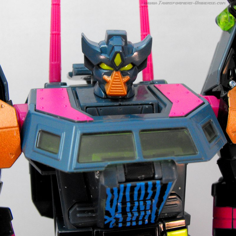Botcon Exclusives Clench (2010)